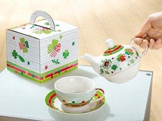"Gilde Porzell Tea for one ""Glücksklee""  grün/rot/gelb,in Geschenkverpackung L= 18 cm B= 17 cm H= 15cm  cm"