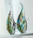 Gilde GlasArt Wimpelfisch im Streifendesign in 2 verschiedenen Designs durchgefärbt und mundgeblasen  Länge 5,0 cm Breite 17,0 cm Höhe 31,0 cm 39120