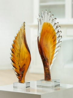 "Gilde 1x Glasart Skulptur ""Wing"" (rechts)  mundgeblasen, auf Sockel, amber/klar  Länge 10 cm Breite 14 cm Höhe 46 cm 39171"