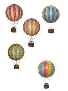 Authentic Models Ballon Travels Light, Blue 18cm AP161D