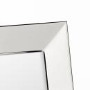 Lambert Charleston      Bilderrahmen    für 9 x 13 cm Fotos     Messing, versilbert, anlaufgeschützt B 13 cm, H 16,5 cm 42254