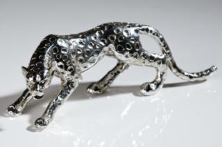 Casablanca Gepard,Poly,antik-silber,L28/H8,5  Höhe: 8.50 cm  Breite: 28 cm 59419